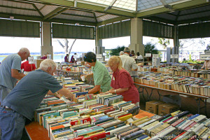 a librarybooksale2 pic